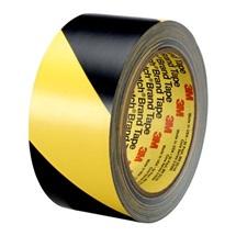 3M 5702 PVC páska žluto-černá, otěruvzdorná, 50 mm x 33  m